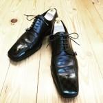 つま先の傷補修と靴磨き☆彡